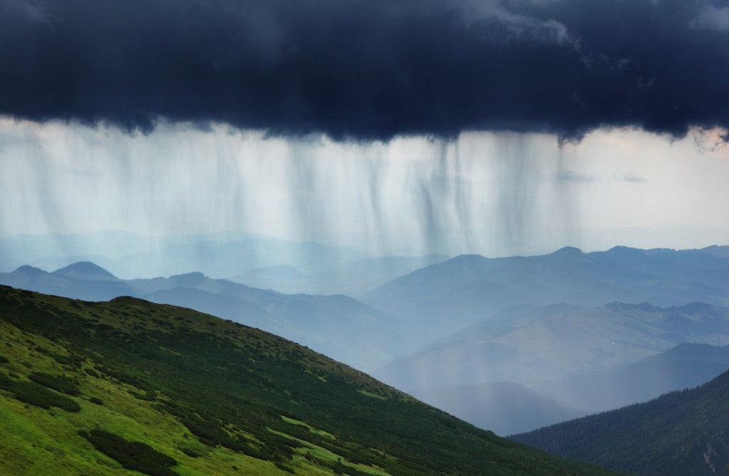 дождь в карпатах