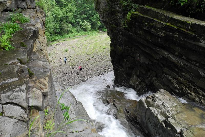 Бухтівецький водоспад-3