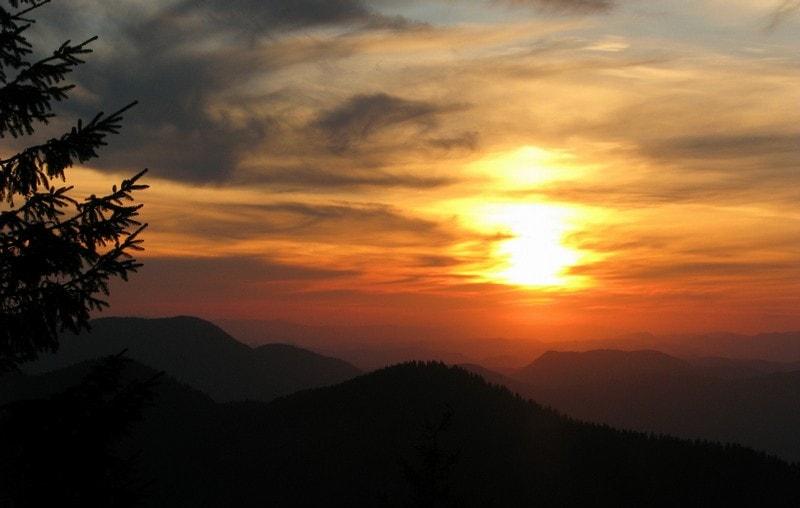 Казковий захід сонця на Мармаросах