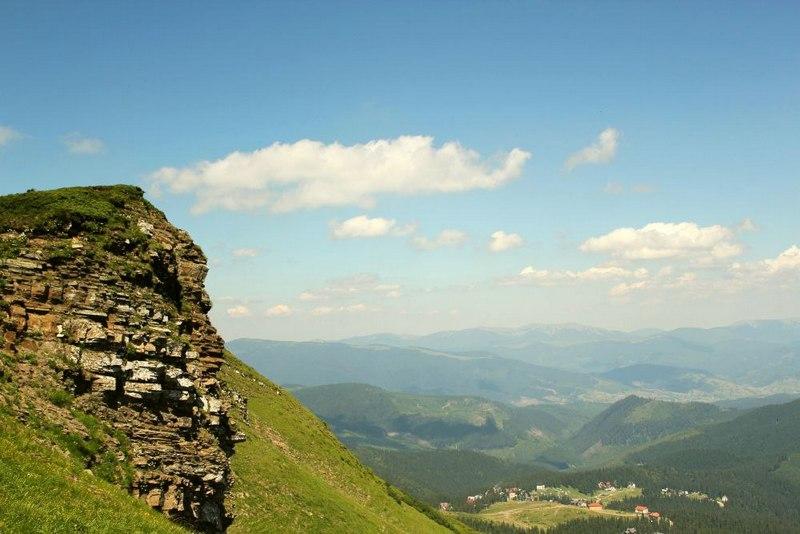 Зелені пагорби Карпат