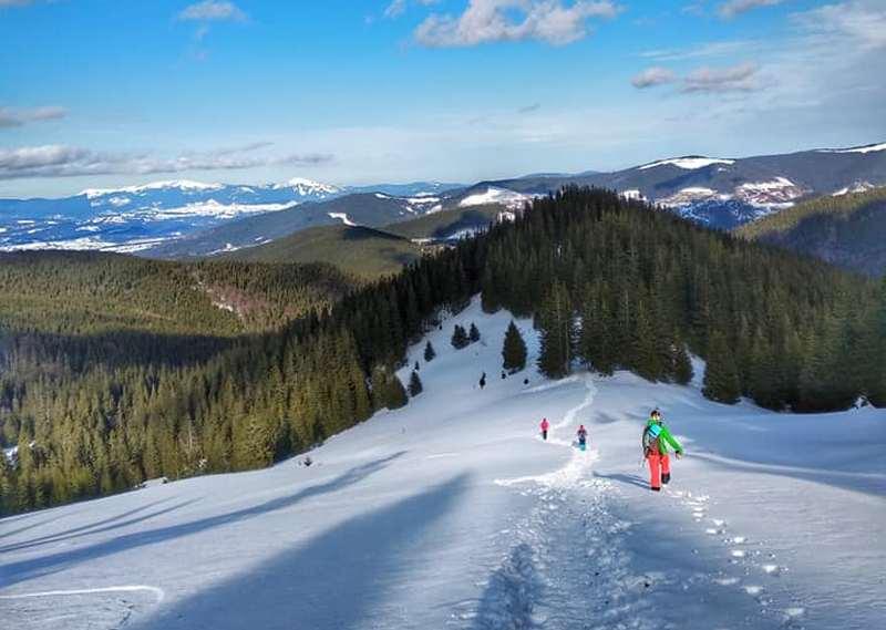 Зимові Карпати пейзаж